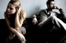Как пережить кризис в семейных отношений