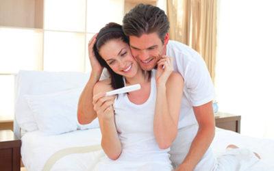 Как рассказать о беременности мужу и родственникам: интересные идеи