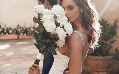 Почему мне дарят цветы, а тебе нет