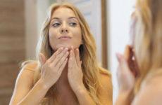 Женщина в течении месяца не смывала макияж: она показала как изменилось ее лицо
